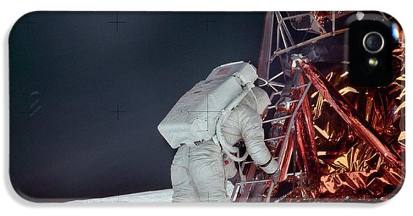 Apollo 11 Moon Landing IPhone 5 / 5s Case by Image Science And Analysis Laboratory, Nasa-johnson Space Center
