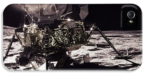 Moon Walk iPhone 5 Cases - Apollo 17 Moon Landing iPhone 5 Case by Science Source