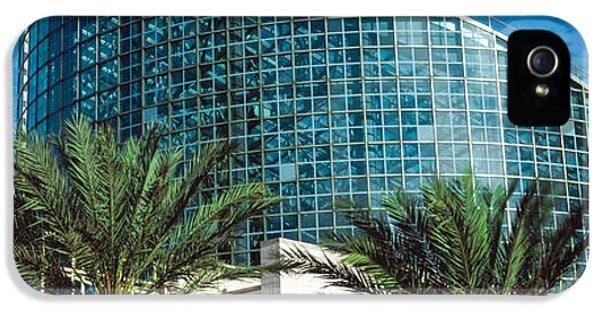 The Americas iPhone 5 Cases - Aquarium In A City, Audubon Aquarium iPhone 5 Case by Panoramic Images