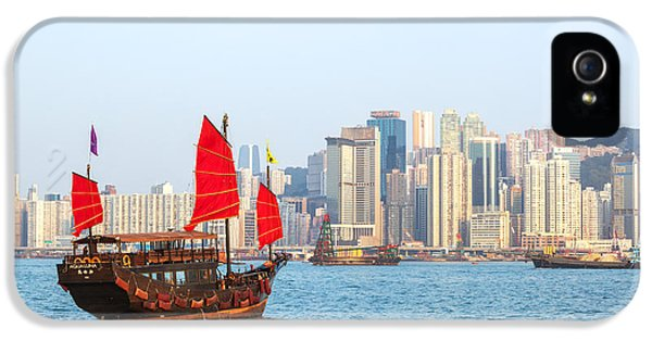 Chinese Junk Boat Sailing In Hong Kong Harbor IPhone 5 / 5s Case by Matteo Colombo