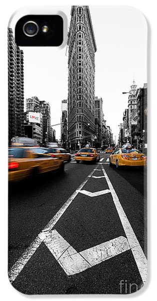 Clock iPhone 5 Cases - Flatiron Building NYC iPhone 5 Case by John Farnan