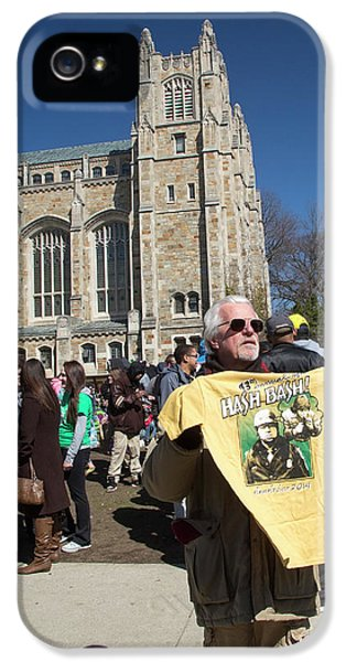 Legalisation Of Marijuana Rally IPhone 5 / 5s Case by Jim West