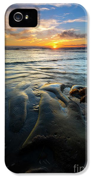 Oregon Coast iPhone 5 Cases - On the Horizon iPhone 5 Case by Mike  Dawson