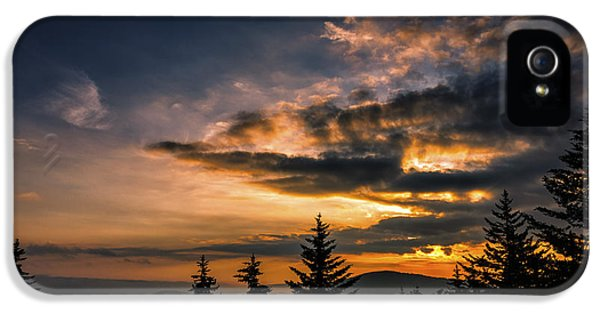 Sunrise Highland Scenic Highway IPhone 5 / 5s Case by Thomas R Fletcher