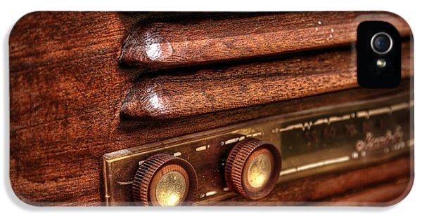 Plastic iPhone 5 Cases - 1948 Mantola radio iPhone 5 Case by Scott Norris