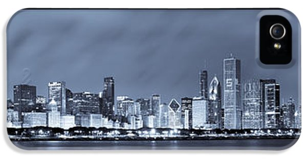 Chicago Skyline At Night IPhone 5 / 5s Case by Sebastian Musial