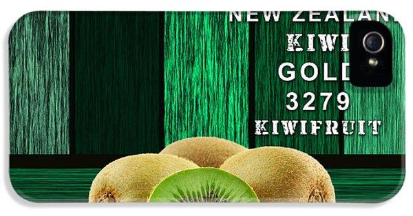 Kiwi Farm IPhone 5 / 5s Case by Marvin Blaine