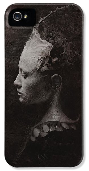 Secret IPhone 5 / 5s Case by Victor Slepushkin