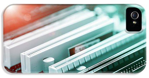 Printed Circuit Board IPhone 5 / 5s Case by Wladimir Bulgar