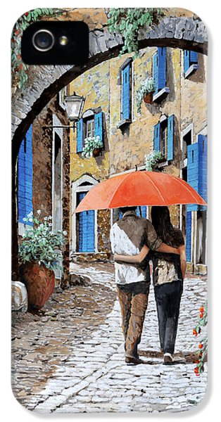Street Scene iPhone 5 Cases - Abbracciati Sotto Larco iPhone 5 Case by Guido Borelli