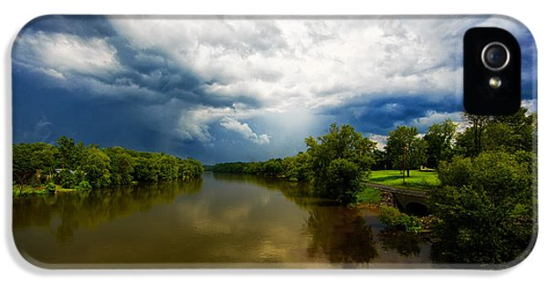 Oswego iPhone 5 Cases - After the storm iPhone 5 Case by Everet Regal