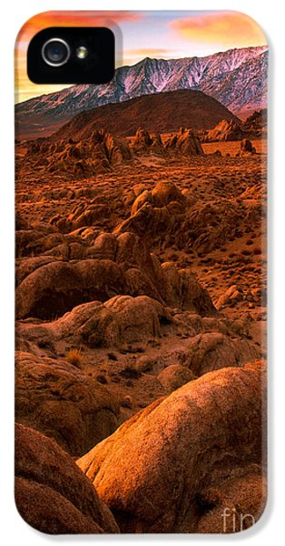 Alabama iPhone 5 Cases - Alabama Hills Dawn iPhone 5 Case by Inge Johnsson