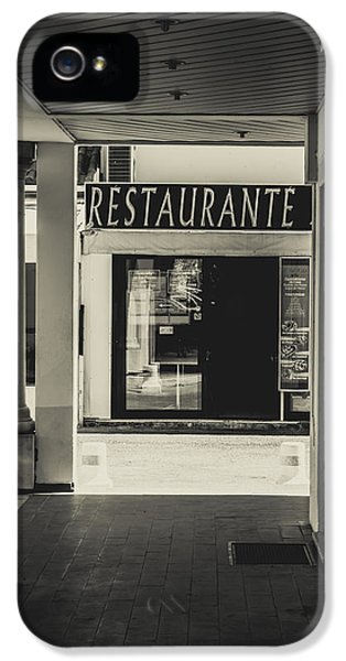 Ristorante iPhone 5 Cases - Albufeira Street Series - Restaurante iPhone 5 Case by Marco Oliveira