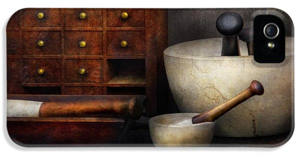Apothecary - Pestle And Drawers IPhone 5 / 5s Case by Mike Savad