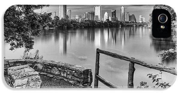 Austin Texas Skyline Lou Neff Point In Black And White IPhone 5 / 5s Case by Silvio Ligutti