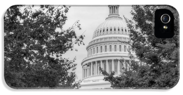 House Of Representatives iPhone 5 Cases - Autumn In The US Capitol BW iPhone 5 Case by Susan Candelario