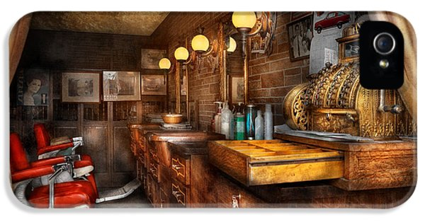 Barber - Closed On Sundays IPhone 5 / 5s Case by Mike Savad