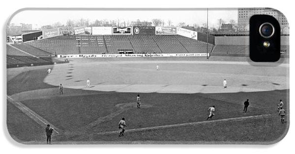 Baseball At Yankee Stadium IPhone 5 / 5s Case by Underwood Archives