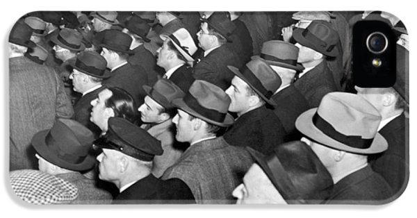 Baseball Fans At Yankee Stadium For The Third Game Of The World IPhone 5 / 5s Case by Underwood Archives