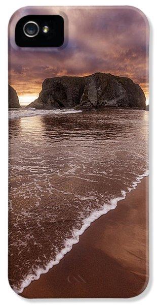 Oregon Coast Landscapes iPhone 5 Cases - Beachwalk iPhone 5 Case by Darren  White