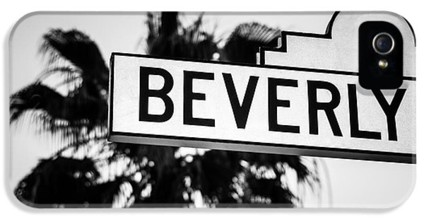 Beverly Boulevard Street Sign In Black An White IPhone 5 / 5s Case by Paul Velgos