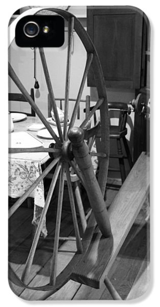 Fabrication iPhone 5 Cases - Black And White Spinning Wheel iPhone 5 Case by Dan Sproul