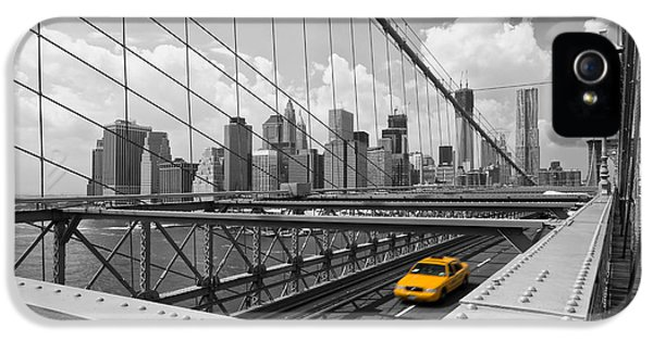 Sight iPhone 5 Cases - Brooklyn Bridge View NYC iPhone 5 Case by Melanie Viola