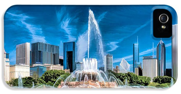 Chicago Skyline iPhone 5 Cases - Buckingham Fountain Skyline Panorama iPhone 5 Case by Christopher Arndt