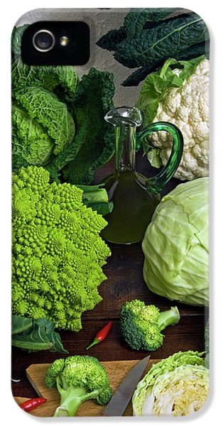 Cabbages -clockwise- Broccoli IPhone 5 / 5s Case by Nico Tondini