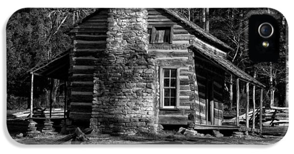 Oliver Stone iPhone 5 Cases - Cades Cove Olivers Cabin in Black and White iPhone 5 Case by Greg and Chrystal Mimbs