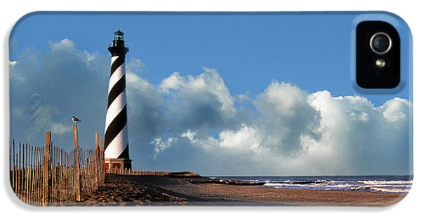 Cape Hatteras Lighthouse Nc IPhone 5 / 5s Case by Skip Willits