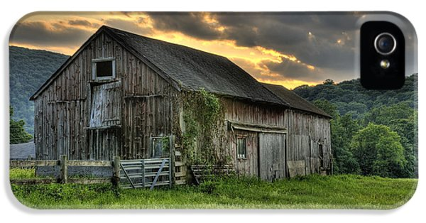 Charming iPhone 5 Cases - Caseys Barn iPhone 5 Case by Thomas Schoeller
