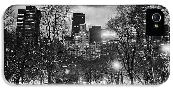 Central Park View IPhone 5 / 5s Case by John Farnan