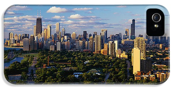 Cities iPhone 5 Cases - Chicago Il iPhone 5 Case by Panoramic Images