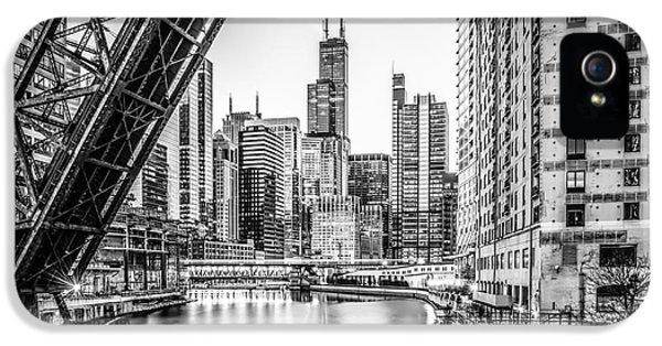Chicago Kinzie Railroad Bridge Black And White Photo IPhone 5 / 5s Case by Paul Velgos