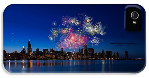 Chicago Lakefront Fireworks IPhone 5 / 5s Case by Steve Gadomski