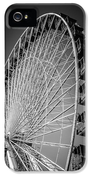 Round iPhone 5 Cases - Chicago Navy Pier Ferris Wheel in Black and White iPhone 5 Case by Paul Velgos