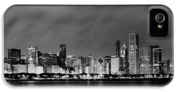 B iPhone 5 Cases - Chicago Panorama at Night iPhone 5 Case by Sebastian Musial
