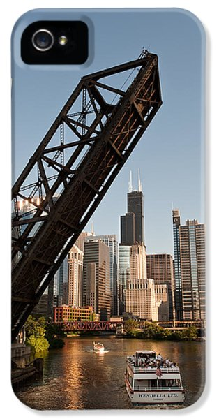 Chicago River Traffic IPhone 5 / 5s Case by Steve Gadomski
