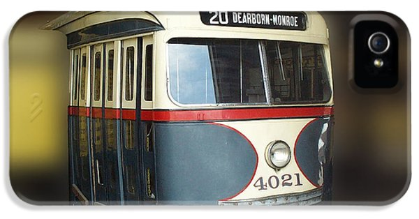 Central Il iPhone 5 Cases - Chicago Street Car 20 iPhone 5 Case by Thomas Woolworth