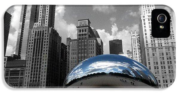 Cloud Gate B-w Chicago IPhone 5 / 5s Case by David Bearden