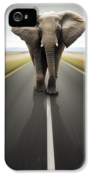 Blur iPhone 5 Cases - Heavy duty transport / travel by road iPhone 5 Case by Johan Swanepoel