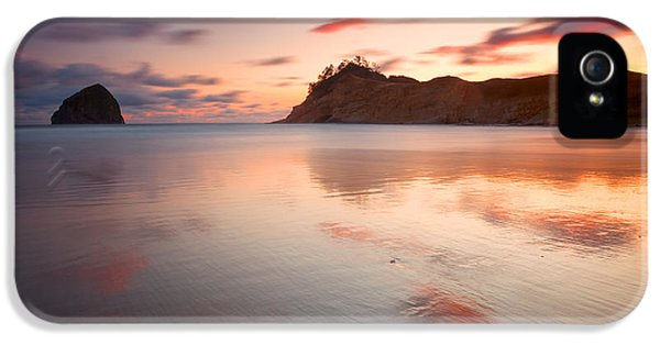 Oregon Coast Landscapes iPhone 5 Cases - Creamy Kiwanda iPhone 5 Case by Darren  White