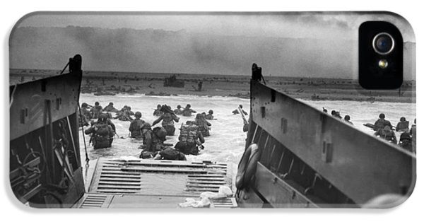 War iPhone 5 Cases - D-Day Landing iPhone 5 Case by War Is Hell Store
