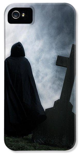 British Crime iPhone 5 Cases - Dark Figure iPhone 5 Case by Joana Kruse