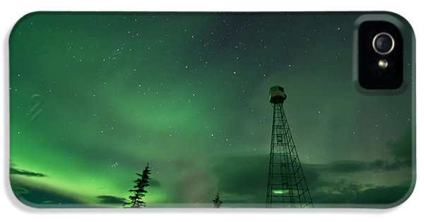 Dawson City Fire Lookout Tower With Northern Lights IPhone 5 / 5s Case by Priska Wettstein