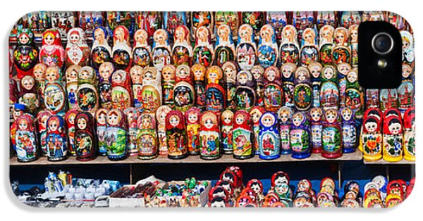 Display Of The Russian Nesting Dolls IPhone 5 / 5s Case by Panoramic Images