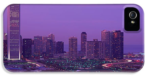Il iPhone 5 Cases - Evening Chicago Il Usa iPhone 5 Case by Panoramic Images