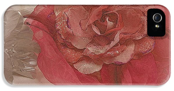 Milliner iPhone 5 Cases - Fascinator Hats in White and Rose iPhone 5 Case by Kathy Barney
