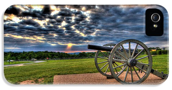 Fire Clouds Over A Gettysburg Cannon IPhone 5 / 5s Case by Andres Leon